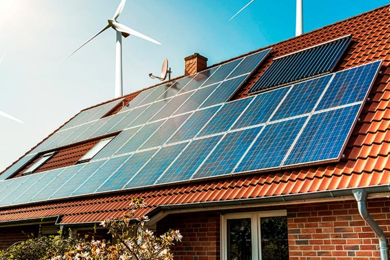 Descubra como os painéis transformam a energia solar em eletricidade para sua casa.